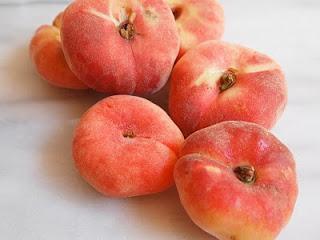 eat bake travel donut peach