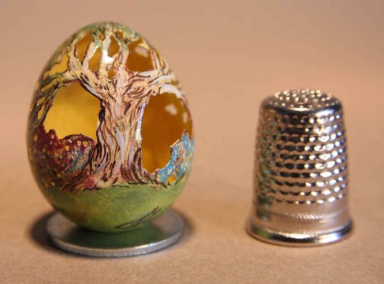 Carved and Painted Quail Egg Photo via Art et Artisanat du Monde